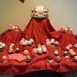 Cupcakes from Sugardarlings Cupcakes were added to the cake to make a beautiful display!