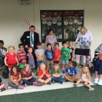 The last VPK class at LOLA posing with wonderful residents!